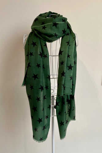Pure Cashmere Lightweight Star Print Scarf in Green/ Black