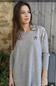 Octavia V Neck Cashmere Blend Jumper Sequin Small Stars in Silver