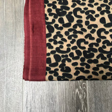 Load image into Gallery viewer, Pure Cashmere Lightweight Leopard Print Scarf in Brown & Red