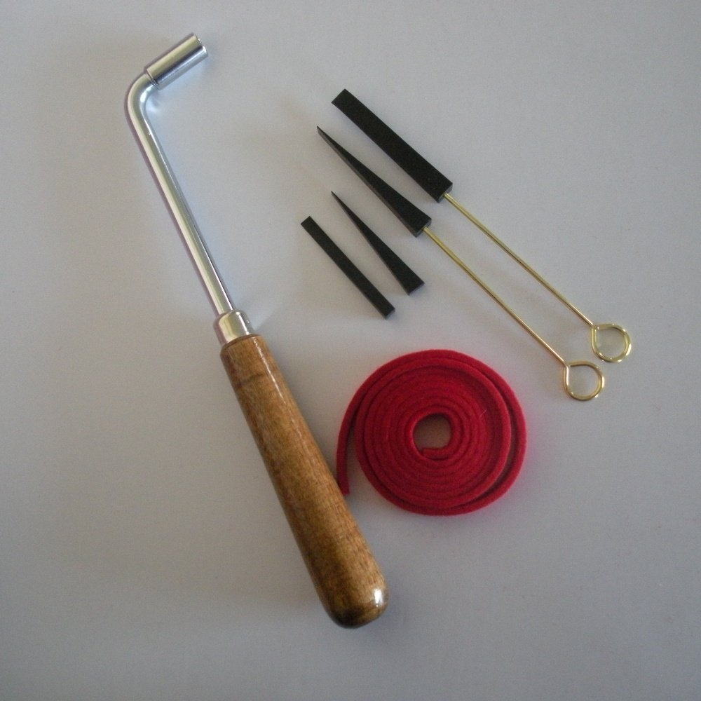Piano tuning kit with gooseneck tuning lever