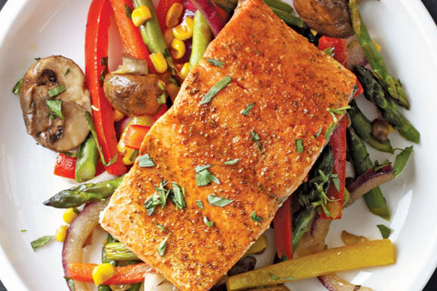 recipe for healthy baked salmon with vegetables for clear skin this summer