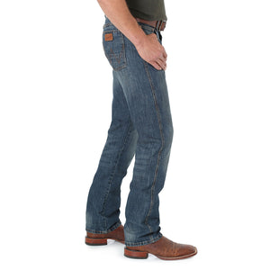 Wrangler Retro Slim Straight Jeans