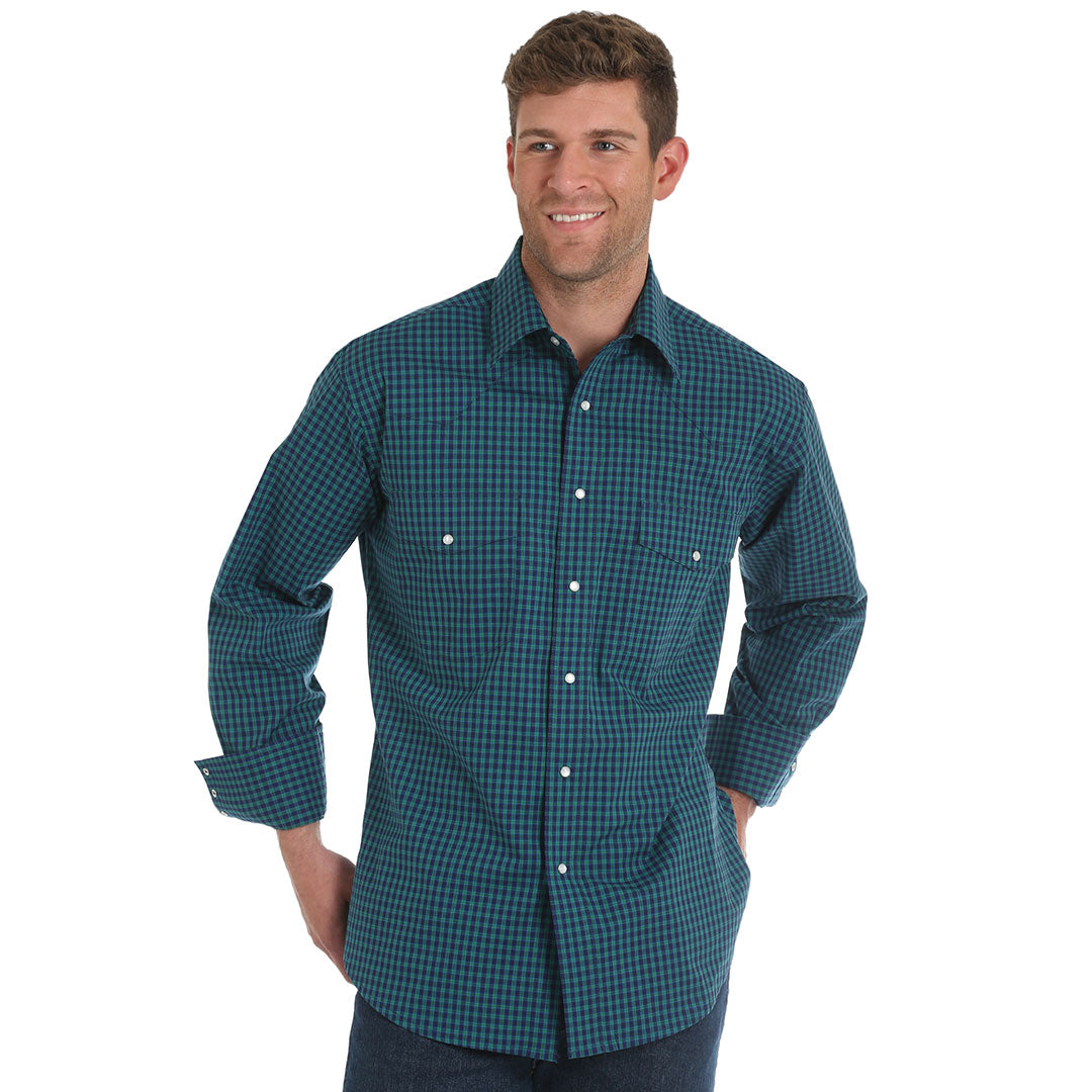 Wrangler® Wrinkle Resist Blue & Green Plaid Shirt