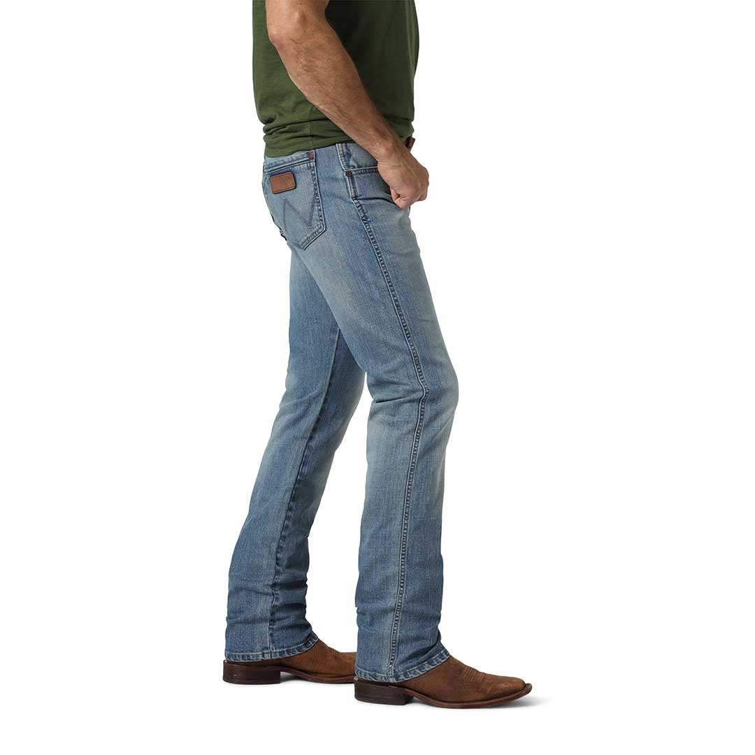 Wrangler Men's Retro Slim Straight Leg Jeans