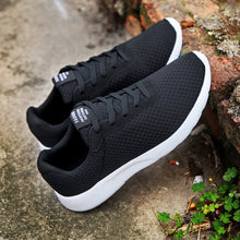 Load image into Gallery viewer, Shoes Male Sneakers Lightweight Breathable Shoes
