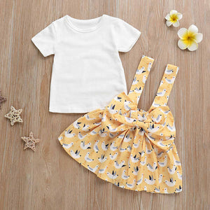 2-piece White Tee And Bow Suspender Skirt Set, zoerea.com