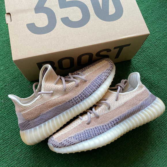 Brand New Yeezy Ash Pearl 350s