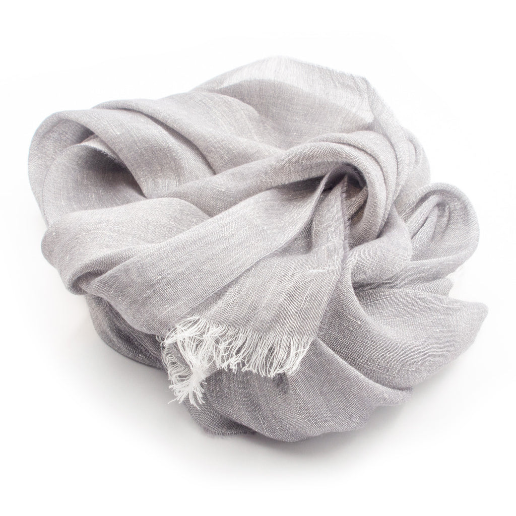 Doria & Dojola Solid Cashmere-Linen Scarf. 55% Linen 45% Cashmere 30 cm x 185 cm. 100% Made in Italy.