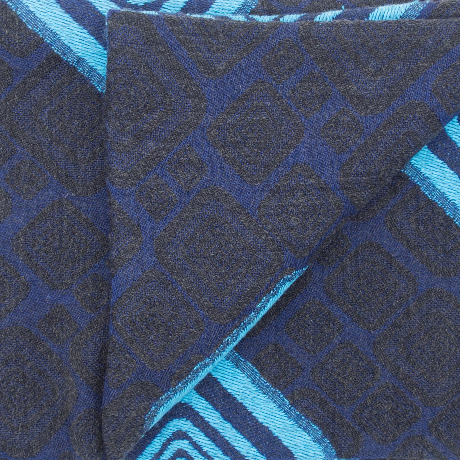 Doria & Dojola's Rhomboid Pattern Wool-Cotton Scarf.80% Wool 20% Cotton 63 cm x 170 cm. 100% Made in Italy.