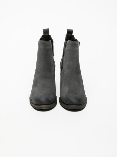 Bos&Co Gray Chelsea Ankle Boots