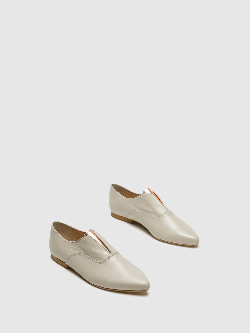 Beige Pointed Toe Shoes