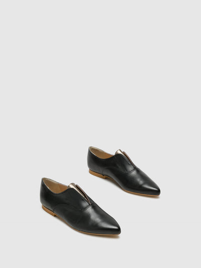 Bos&Co Black Pointed Toe Shoes