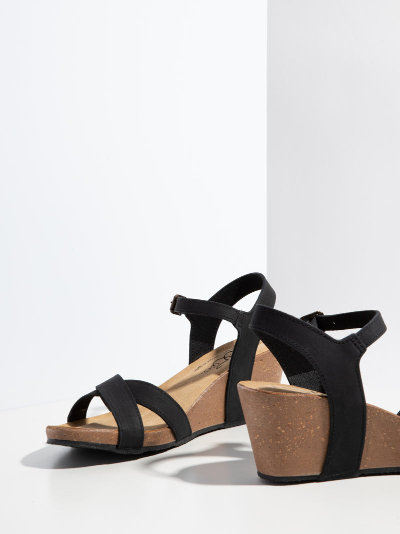Bos&Co Black Buckle Sandals