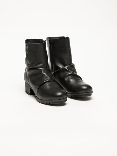 Bos&Co Multicolor Zip Up Ankle Boots