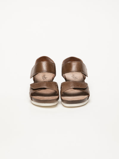 Bos&Co Tan Velcro Sandals