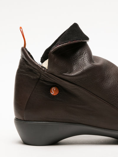 SOFTINOS Sienna Zip Up Ankle Boots