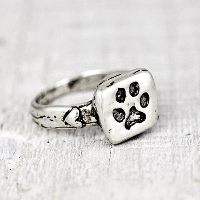 Puppy Paw Ring