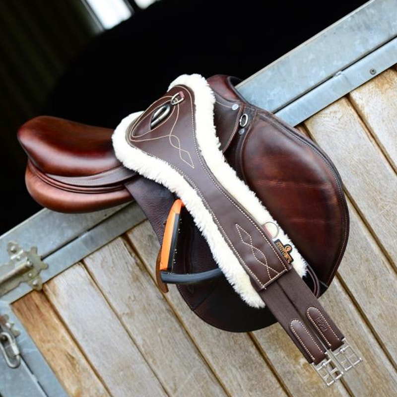 Kentucky Horsewear - Sangle anatomique mouton marron | - Ohlala Sellerie