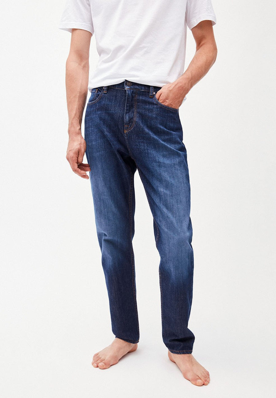 treen-armed-angels-aaro-tapered-jeans-base-blue