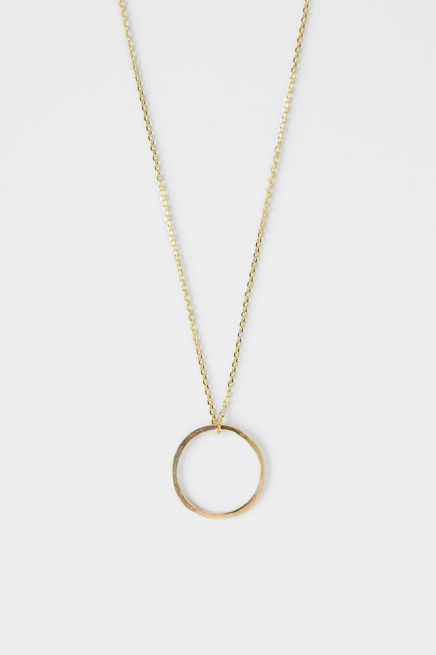 treen-studio-adorn-gold-circle-necklace