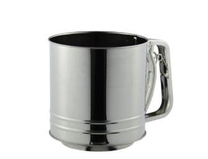 Flour Sifter 5 Cup Squeeze Stainless Steel Avanti