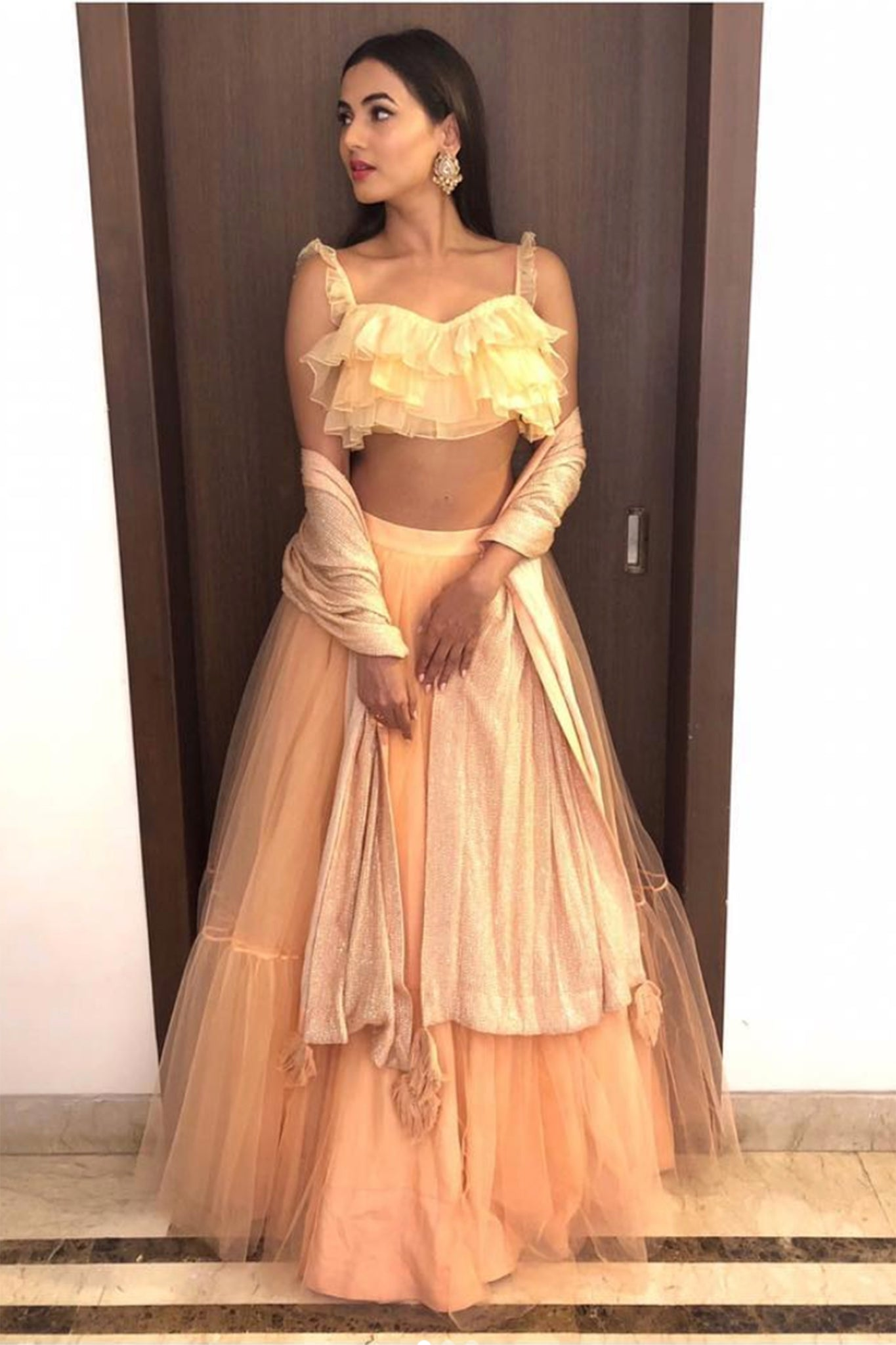 Sonal Chauhan in PH–1015 crop top
