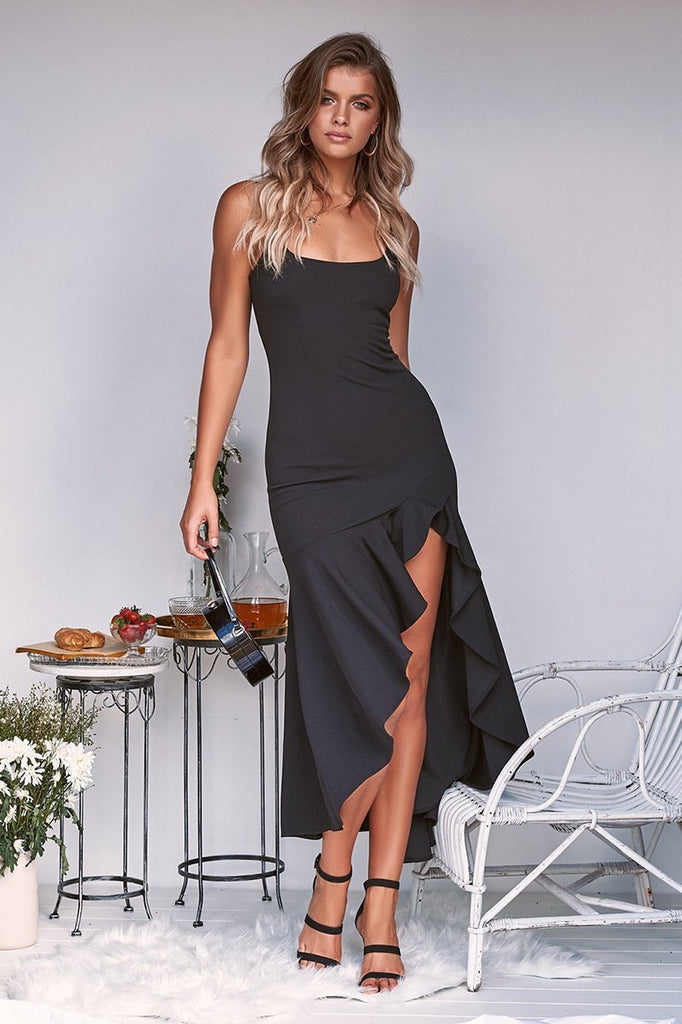 Slinged halter ruffled irregular female dress