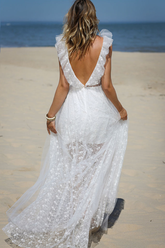 Lace Sexy V-neck Ruffled Beach Wedding Dress