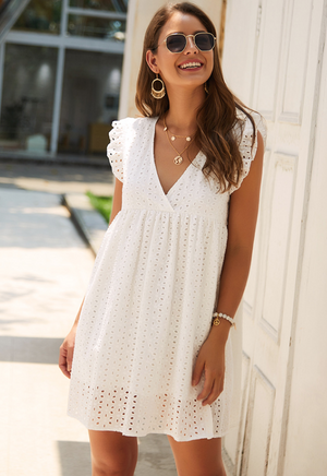 White Ruffled V-neck Loose Lace Dress