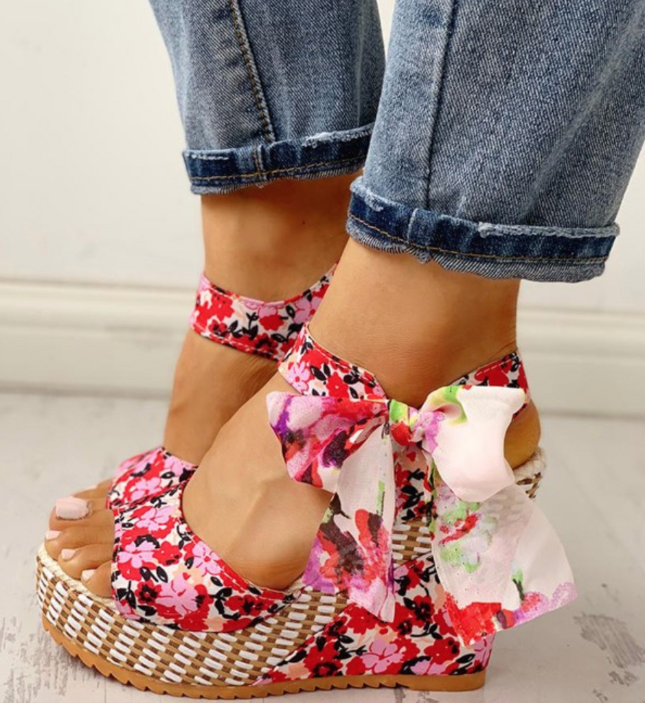 Lace-up Wedge Red Sandals