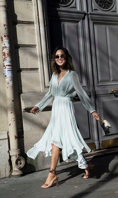 V-Necked Elegant Lace Midi Dress