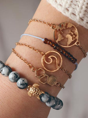 Turtle & Wave bracelet with the world