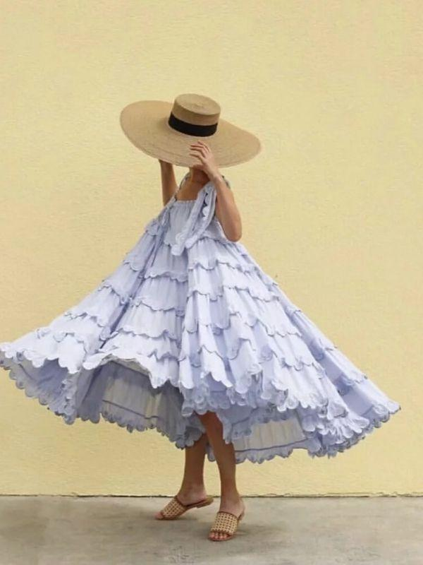 Solid color loose pleated strap dress