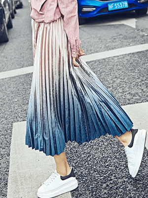 Gradient Velvet Pleated Skirt