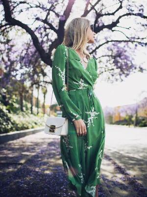 Broken Flower V Collar Chiffon Midi Dress