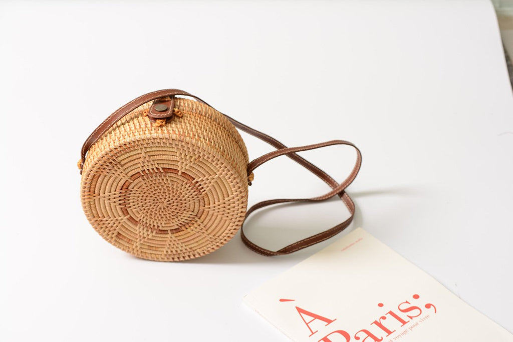 Sunflower Rattan Weaving Round Handbag