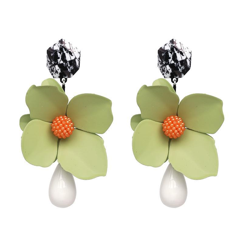 Vintage green flower earrings