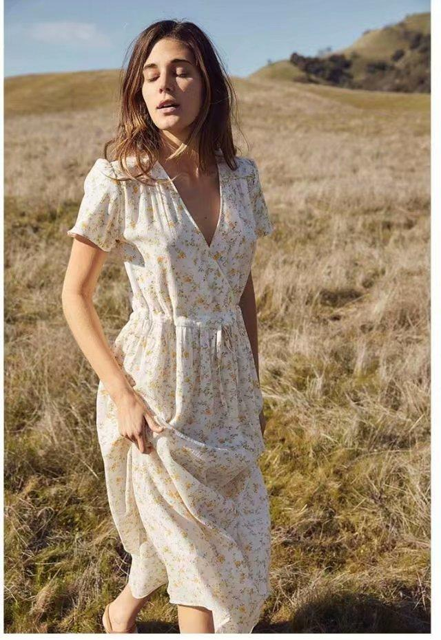 V Neck Short Sleeved Bohemian Floral Dress