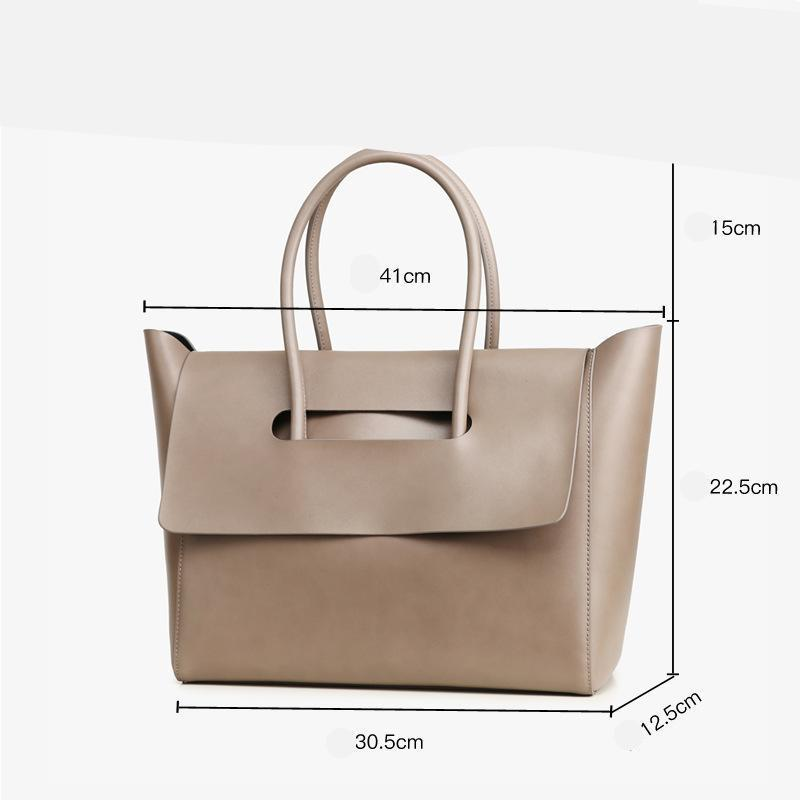 Woman Simple Flap Closure Handbag