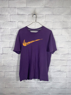 Nike check tshirt SZ mens medium