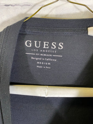 Guess tshirt SZ mens medium