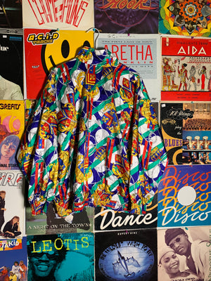 Print all over windbreaker jacket SZ small