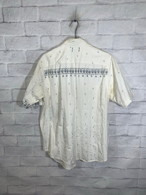 Guess button down shirt SZ mens small (oversized)