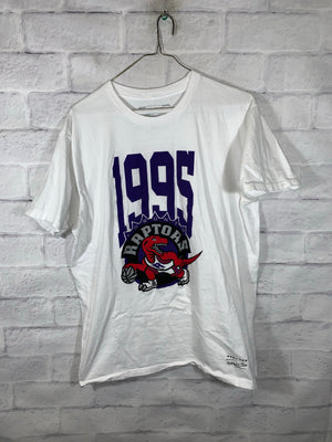 White Mitchell & Ness NBA Toronto Raptors Graphic T-Shirt