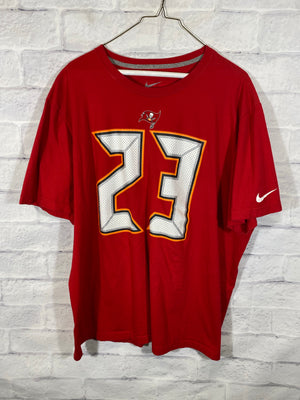 Nike x Tampa Bay Buccaneers NFL graphic tshirt
