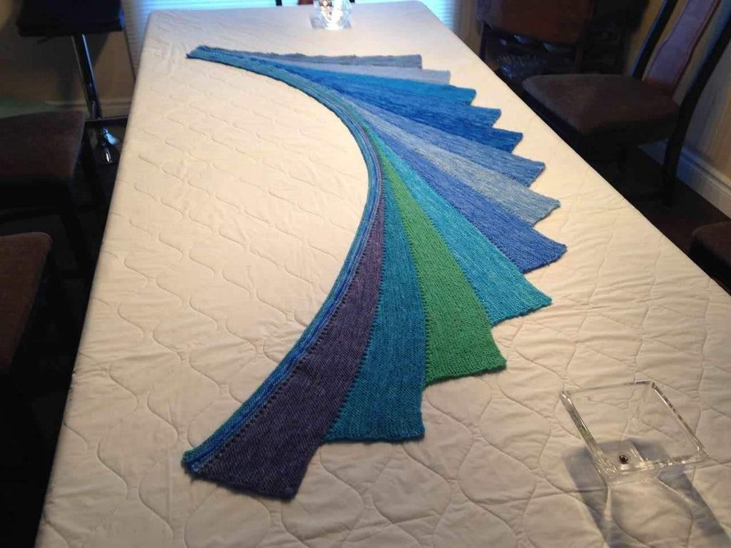 THE ARABELLA SHAWL PHOTO CONTEST – WE HAVE A WINNER!