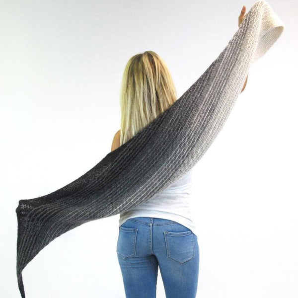 Moon Shawl - Limited Edition | Skeino Yarn