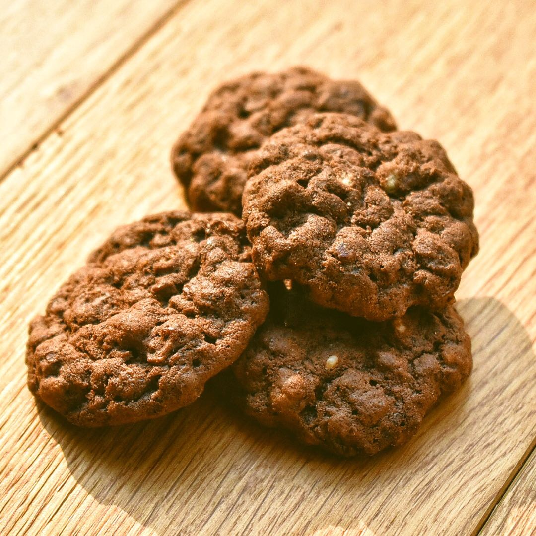 NEW YORK BLACK | Chocolate Black Oats Energy Protein Cookies | 8 pax