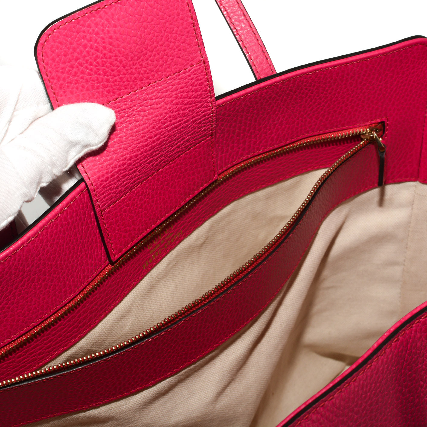 f15d90036e2d ... Load image into Gallery viewer, GUCCI Medium Swing Tote ...