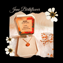Load image into Gallery viewer, June Birthflower Necklace [Rose]